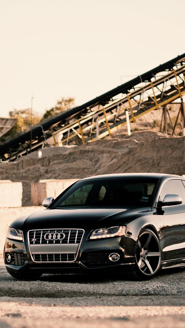 Balck audi a4 iPhone 5 wallpaper 640x1136