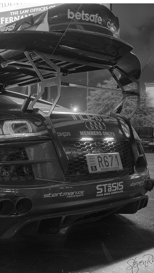 Tuned Audi iPhone 5 wallpaper 640x1136