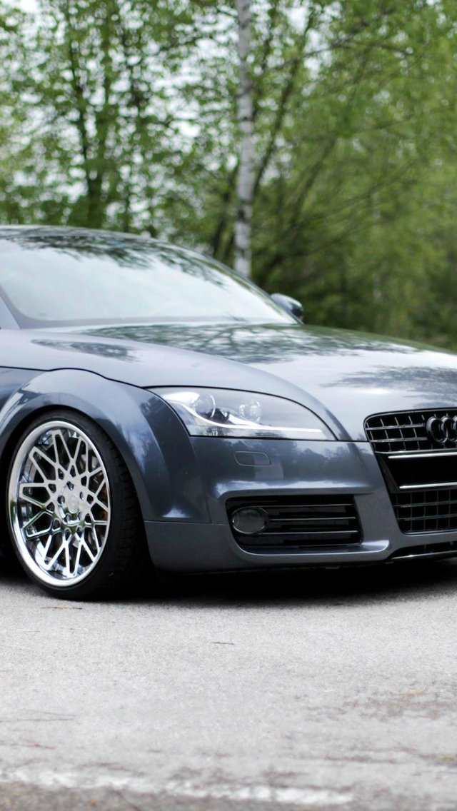 Audi TT iPhone 5 wallpaper 640x1136