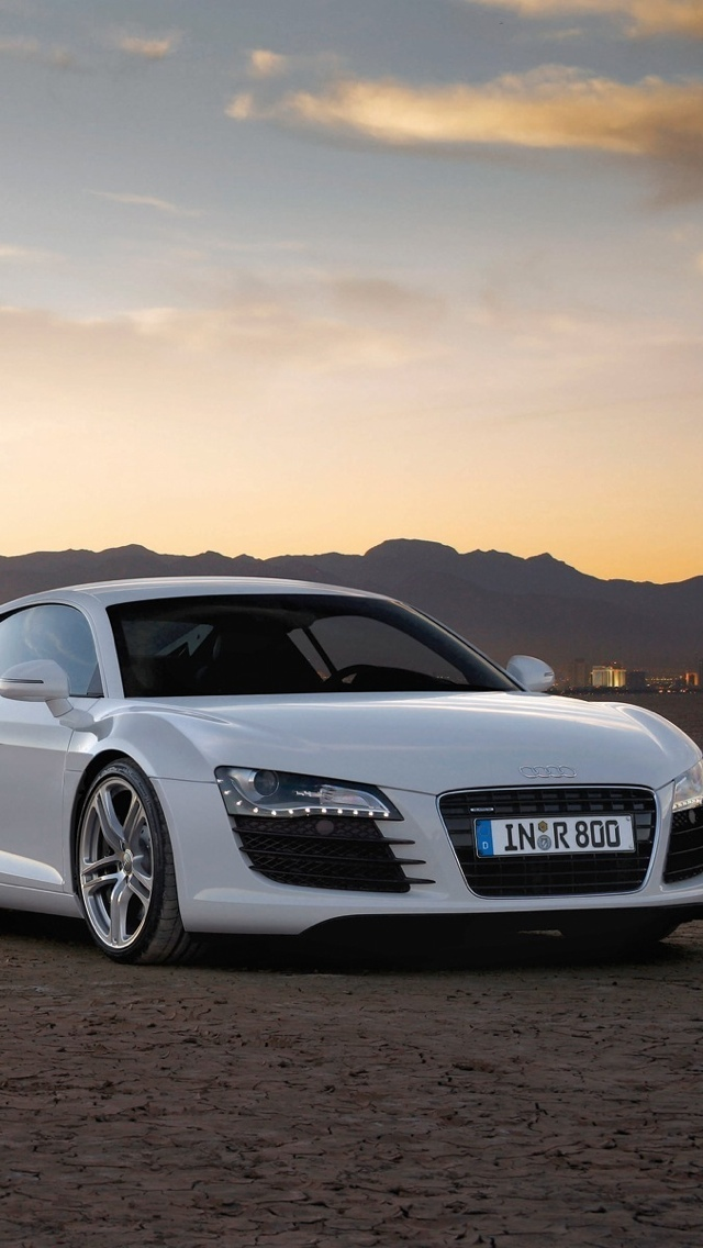 Audi R8 iPhone 5 wallpaper 640x1136