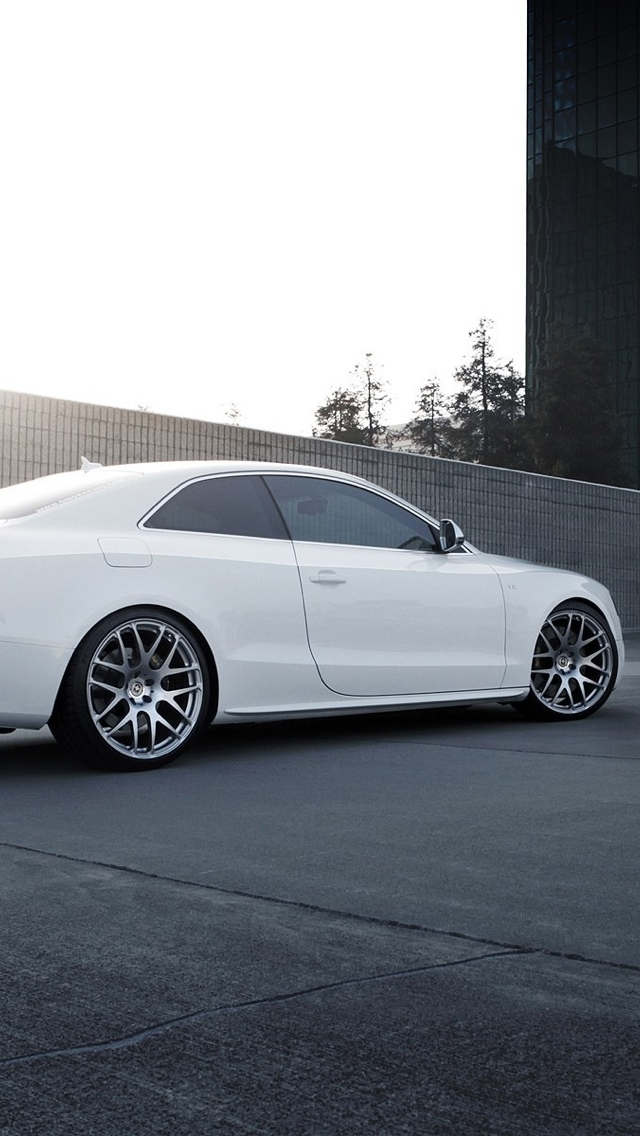 white audi car iPhone 5 wallpaper 640x1136
