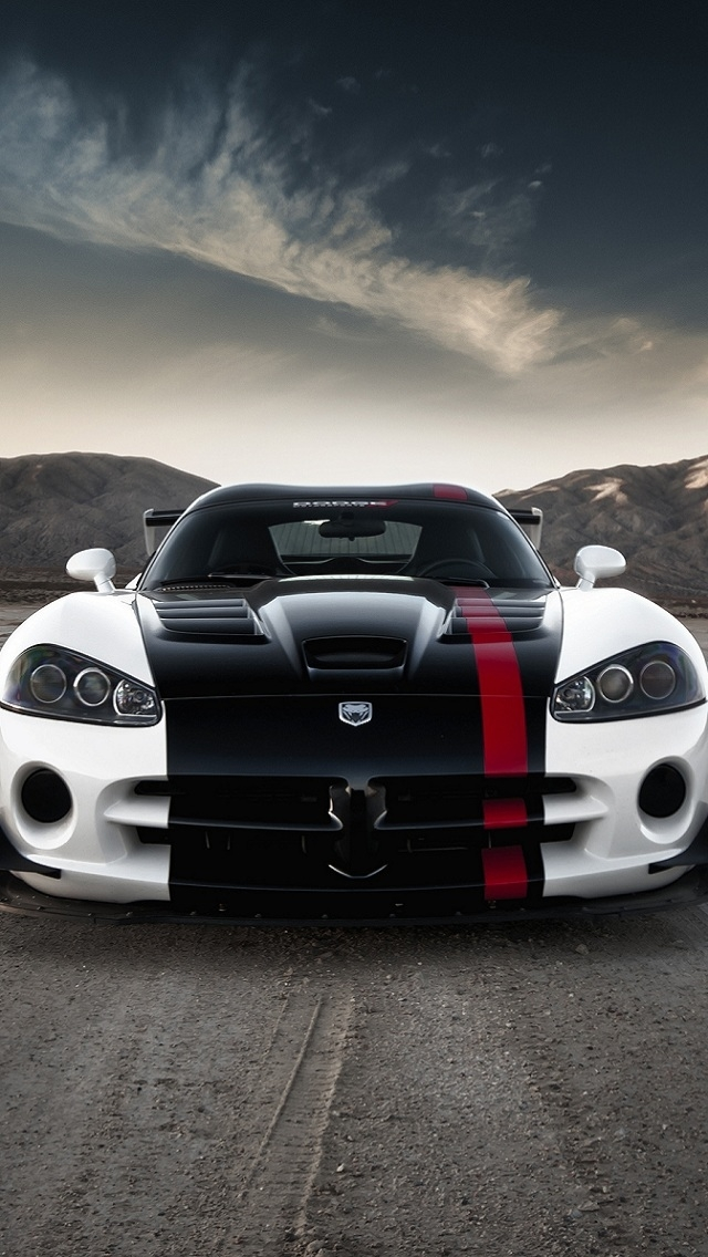 Wallpapers-For-iPhone-5-Cars-110-640×1136