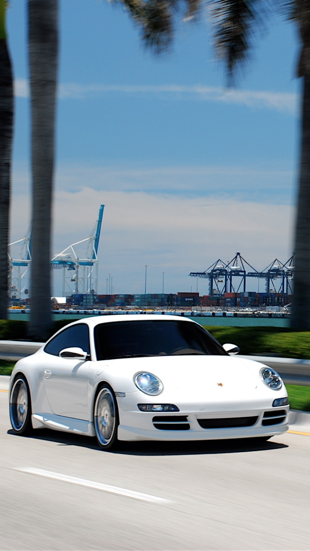 Wallpapers-For-iPhone-5-Cars-155-640×1136