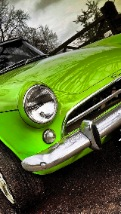 Wallpapers-For-iPhone-5-Cars-45-thumb-120×214