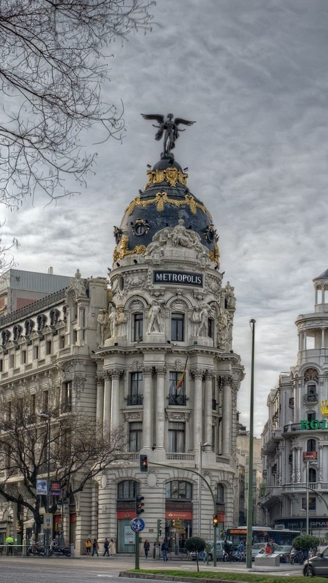 Madrid City view iPhone 5 wallpaper 640*1136