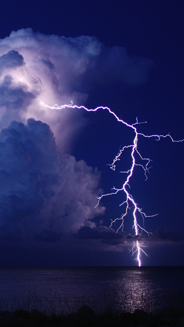 Thunderstorm Iphone Wallpaper