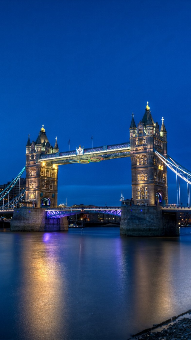 London Bridge iPhone 5 wallpaper 640*1136