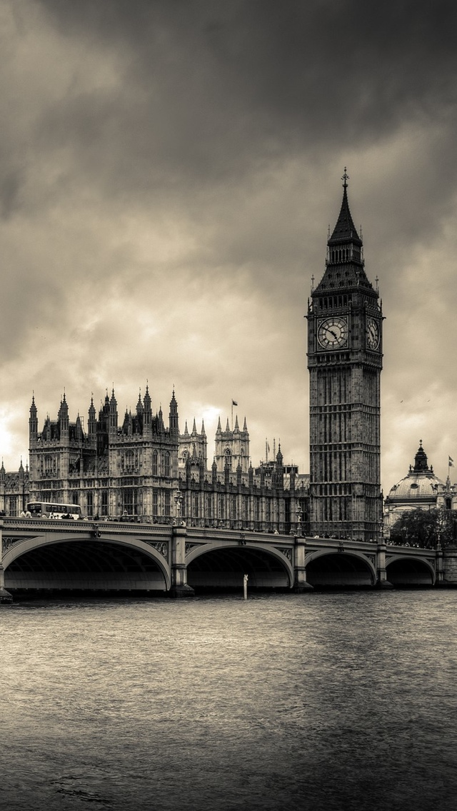 London Black and White antique iPhone 5 wallpaper 640*1136