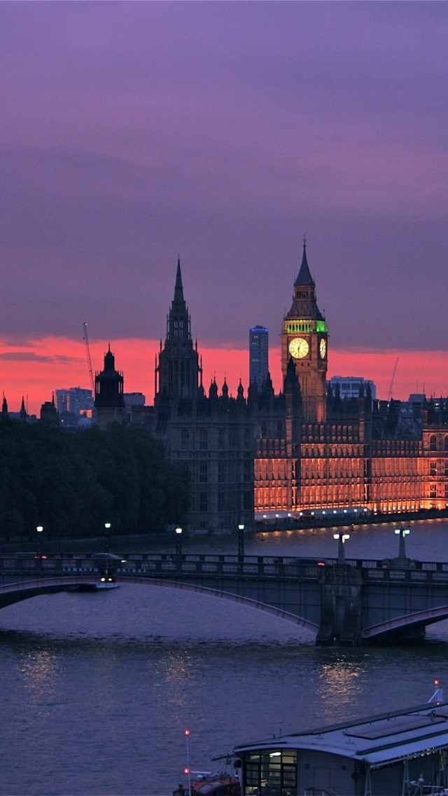 London at night iPhone 5 wallpaper 640*1136