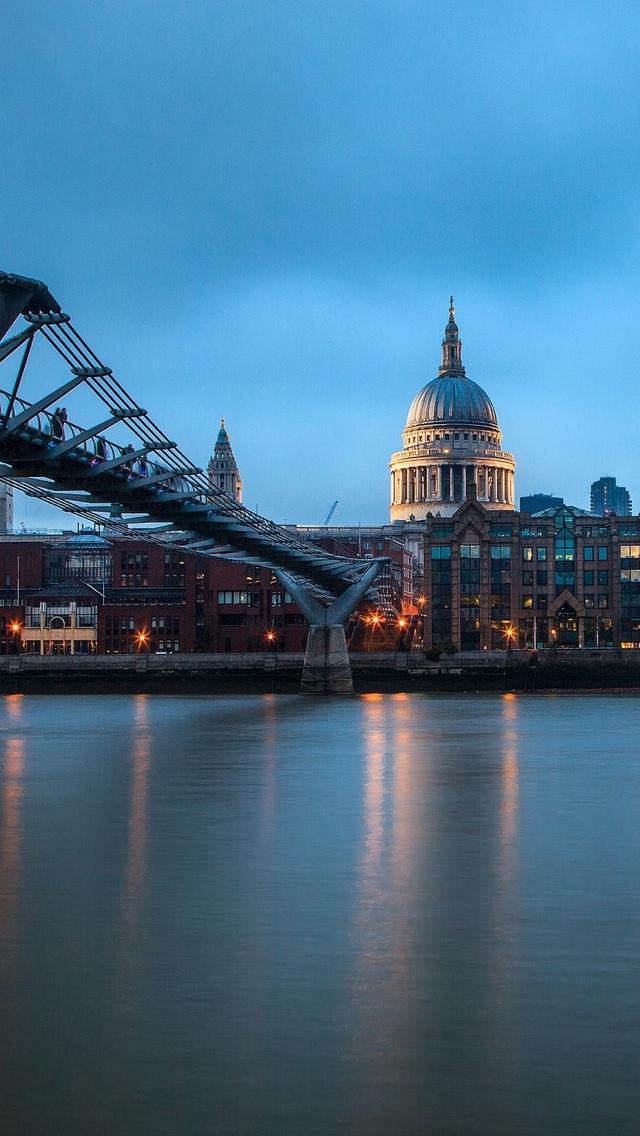 London Dusk iPhone 5 wallpaper 640*1136