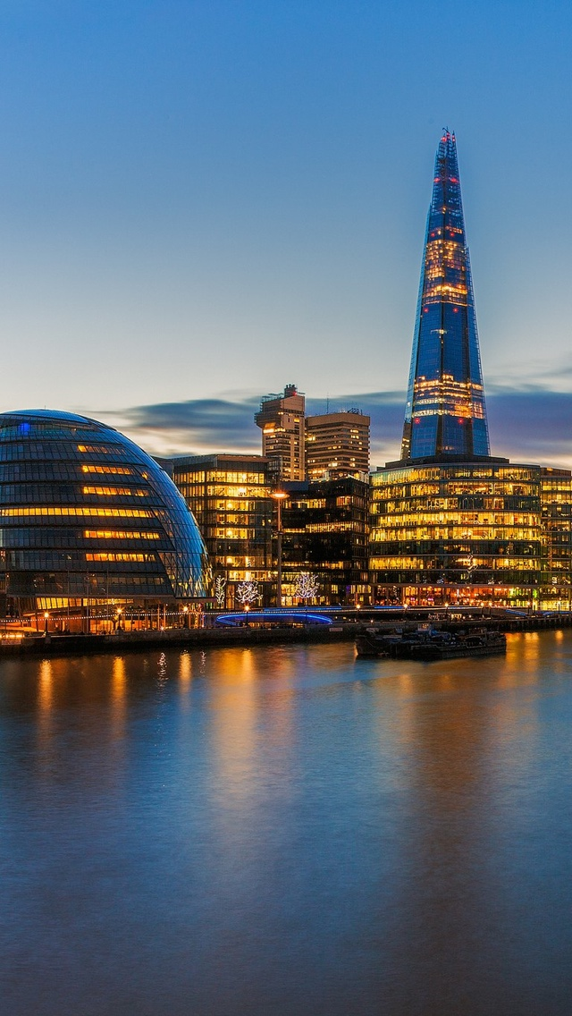 London view with lights iPhone 5 wallpaper 640*1136
