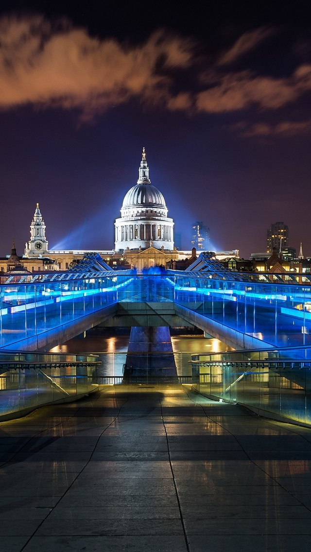Night view of London iPhone 5 wallpaper 640*1136
