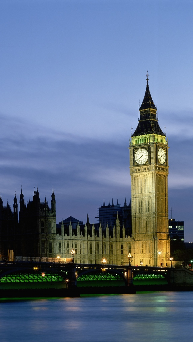 Big Ben and Blue Sky London iPhone 5 wallpaper 640*1136