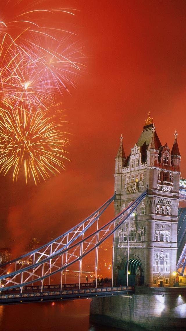 Fireworks London Eye B&W iPhone 5 wallpaper 640*1136