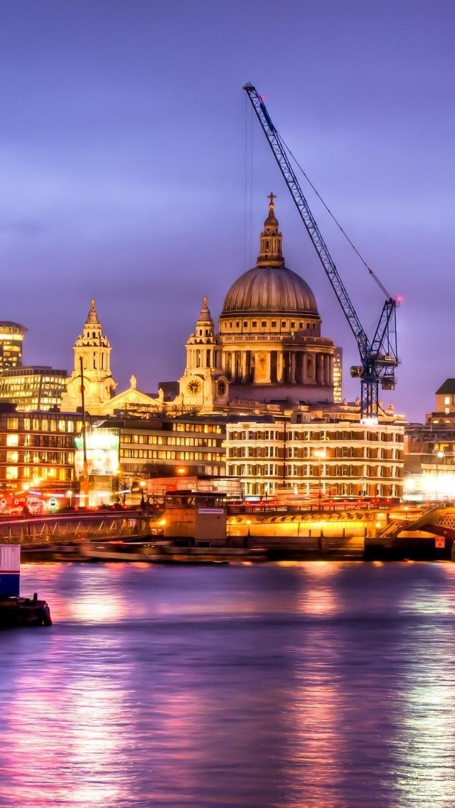 London View iPhone 5 wallpaper 640*1136