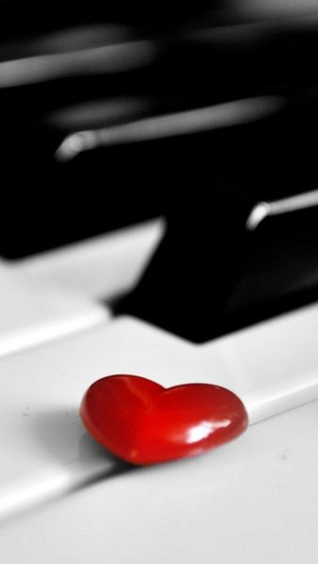 Wallpapers For IPhone 5 Love Red Heart Piano Thumb