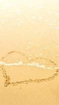Wallpapers-For-iPhone-5-Love theme-Heart-Sand-thumb-120×214