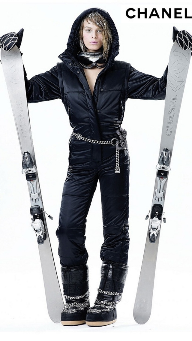 Chanel Ski Gear Collection 640x1136