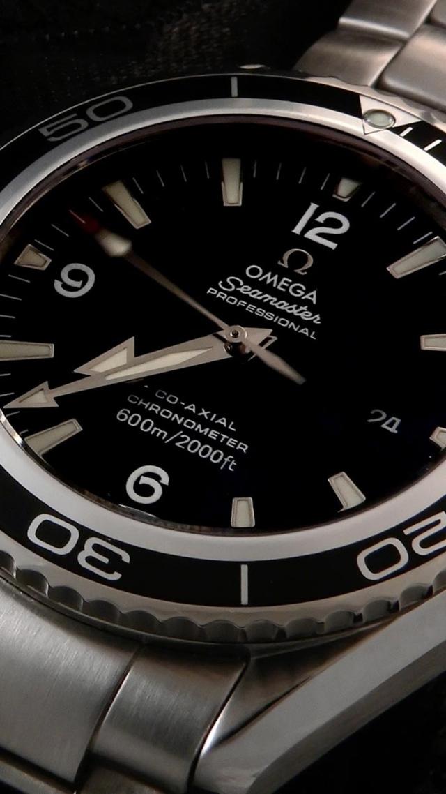 Omega Seamaster Professional Ad 640x1136 image