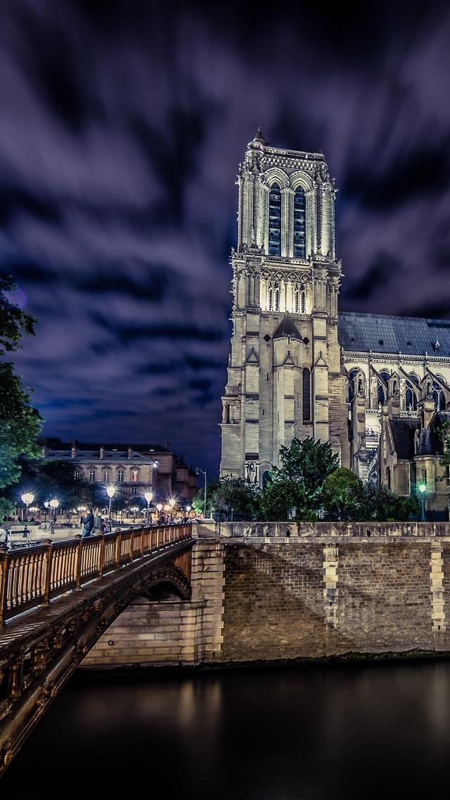 HDR Notre Dame de Paris iPhone 5 wallpaper 640*1136