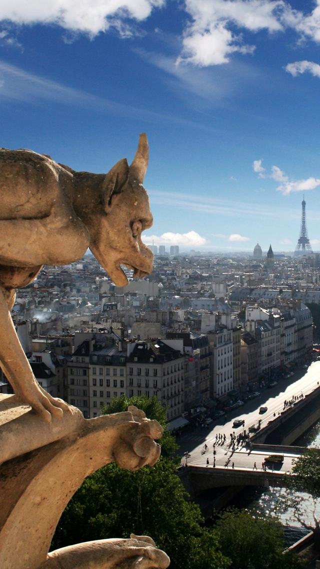 Gargoyle in Paris iPhone 5 wallpaper 640*1136