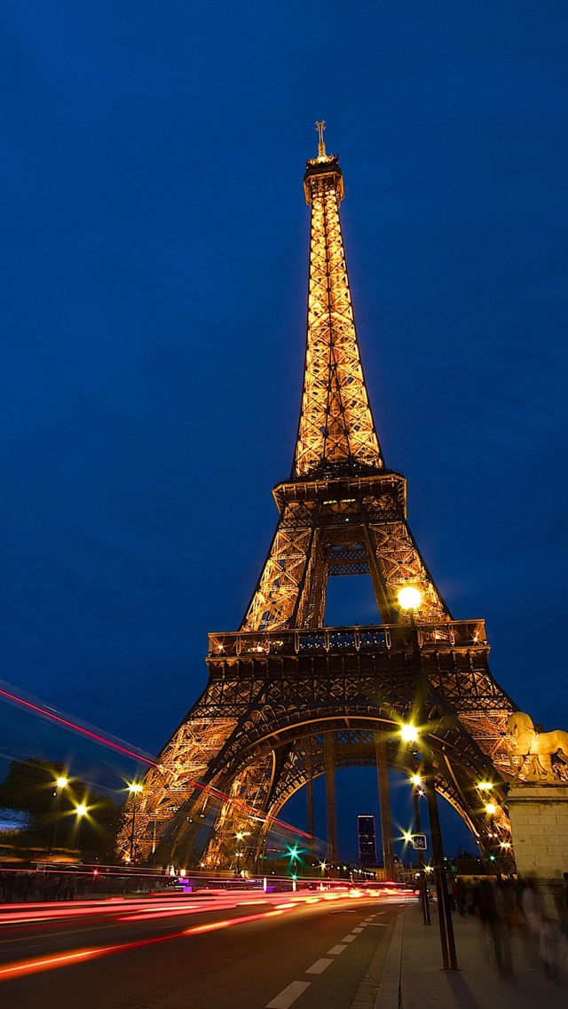 Tower in Paris iPhone 5 wallpaper 640*1136