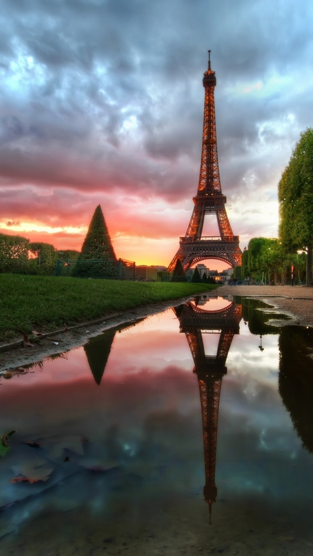 Paris at Dawn iPhone 5 wallpaper 640*1136