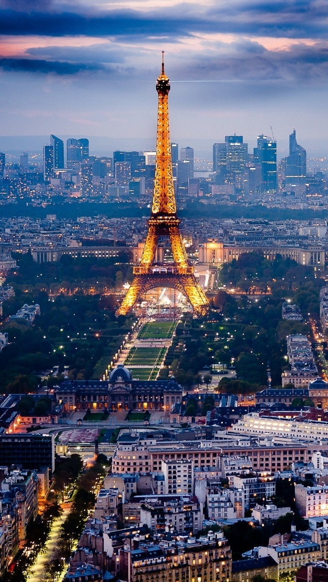 Paris Eiffel Tower View iPhone 5 wallpaper 640*1136