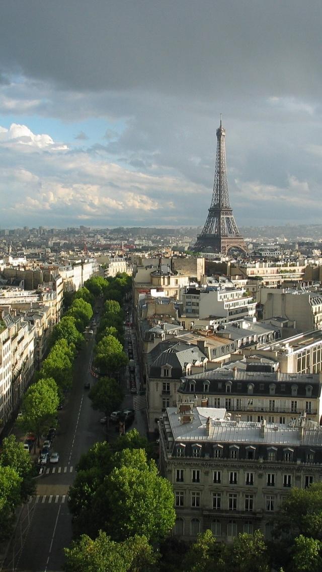Eiffel Tower from afar Paris iPhone 5 wallpaper 640*1136